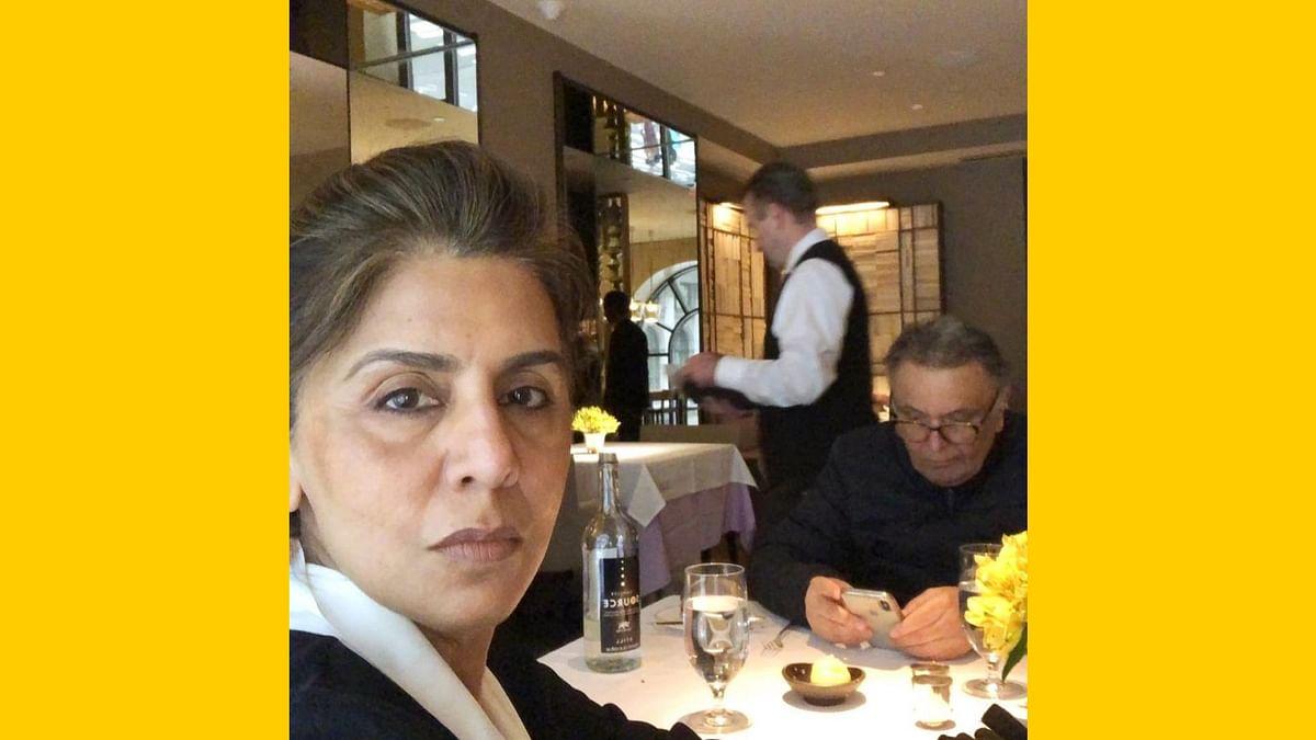Neetu and Rishi Kapoor dine together.