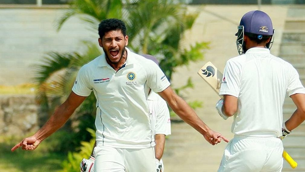 Kerala stormed into their maiden Ranji Trophy semis with a 113-run win over Gujarat on the third day of the quarter-final.
