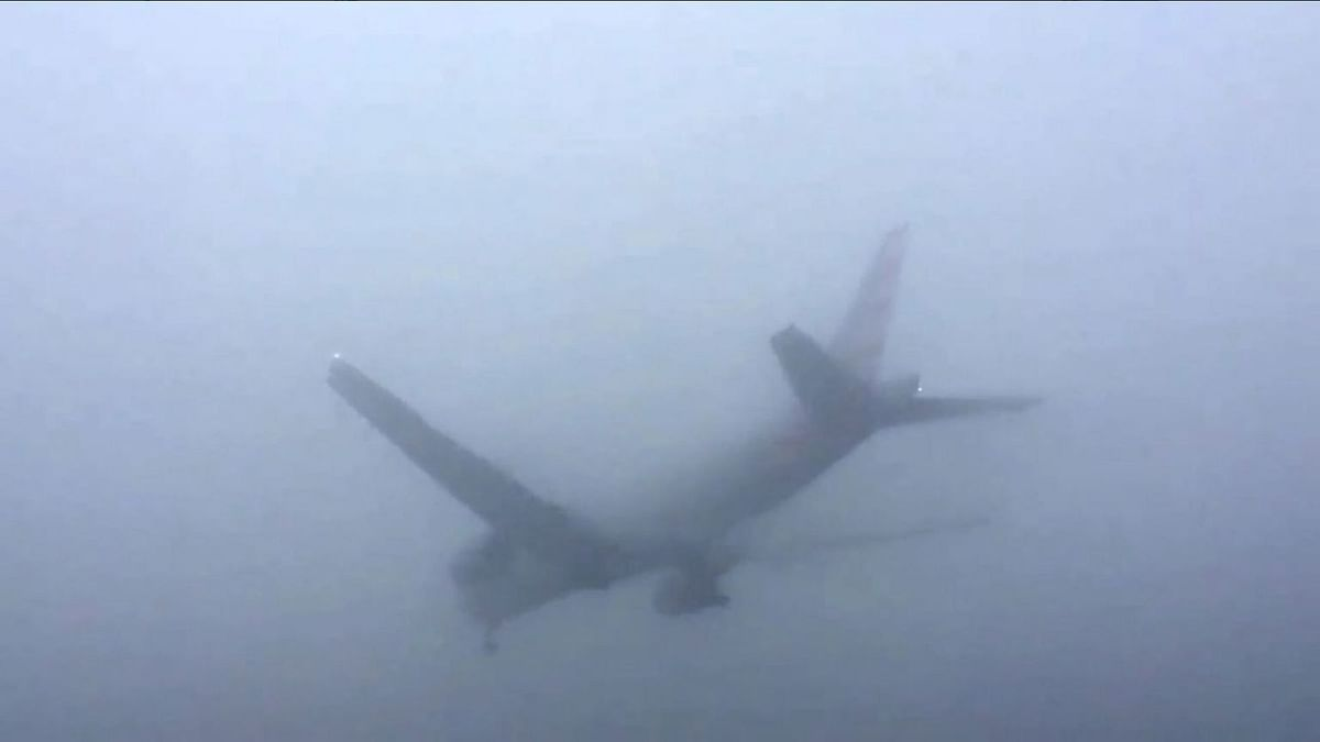 Delhi: Tweeple Share Stories of Being Trapped in Flight Due to Fog