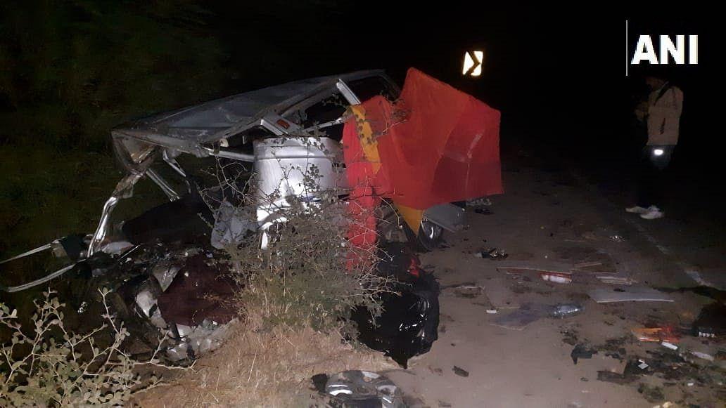 Car crash in Madhya Pradesh