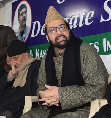 Separatist leader Mirwaiz Umar Farooq addresses a press conference in Srinagar, on Jan 30, 2019. (Photo: IANS)
