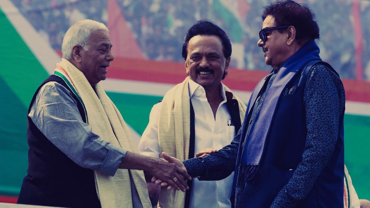 DMK leader M.K. Stalin, centre, ex Indian finance minister Yashwant Sinha, left, BJP lawmaker Shatrughan Sinha, right, in Kolkata on Saturday, 19 Jan. Image used for representational purposes.