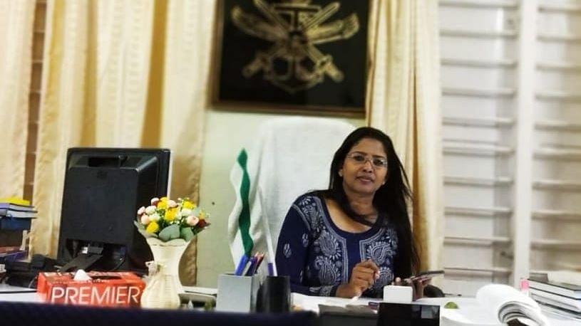 Defence PRO Dhanya Sanal Becomes 1st Woman to Trek Agasthyarkoodam
