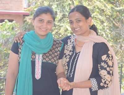 (L) Urma Bishnoi and Dr.Kriti Bharti.