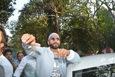 Mumbai: Actor Ranveer Singh seen with rappers at a dubbing studio in Mumbai on Jan 21, 2019. (Photo: IANS)