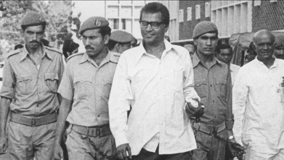 George Fernandes at a Delhi court after his arrest following the railway strike of 1974.