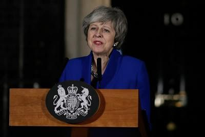 LONDON, Jan. 17, 2019 (Xinhua) -- British Prime Minister Theresa May makes a statement outside 10 Downing street, in London, Britain on Jan. 16, 2019. The British government survived a no-confidence vote at the parliament on Wednesday, one day after it suffered a record-breaking Brexit deal vote defeat. (Xinhua/Tim Ireland/IANS)