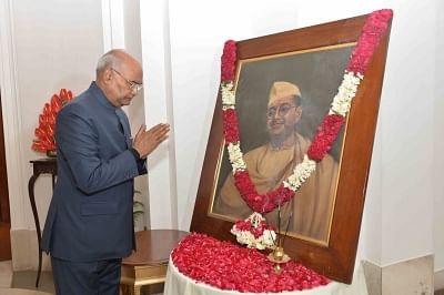 New Delhi: President Ram Nath Kovind pays tributes to freedom fighter Netaji Subhas Chandra Bose on his birth anniversary at Rashtrapati Bhavan in New Delhi, on Jan 23, 2019. (Photo: IANS/RB)