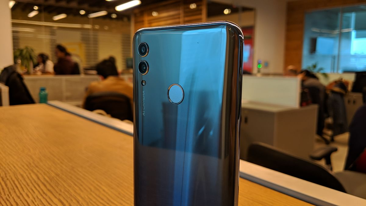 Dual rear cameras are the norm for phones these days.
