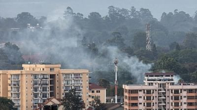 NAIROBI, Jan. 15, 2019 (Xinhua) -- Smoke rises from the blast area after an attack at an upmarket hotel and office complex in Nairobi, Kenya, on Jan. 15, 2019. At least three people have been confirmed dead and several others injured following an attack at an upmarket hotel and office complex in Nairobi on Tuesday, police said. (Xinhua/Zhang Yu/IANS)