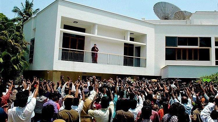 Poes Garden Locals Oppose Jaya Home Memorial, Cite Safety Issues