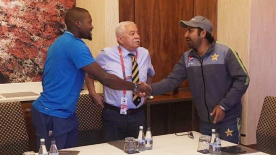 Pakistan captain Sarfaraz Ahmed met Andile Phehlukwayo and apologised to him.