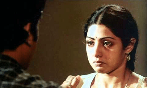 Sridevi played the role of Reshmi in the film.