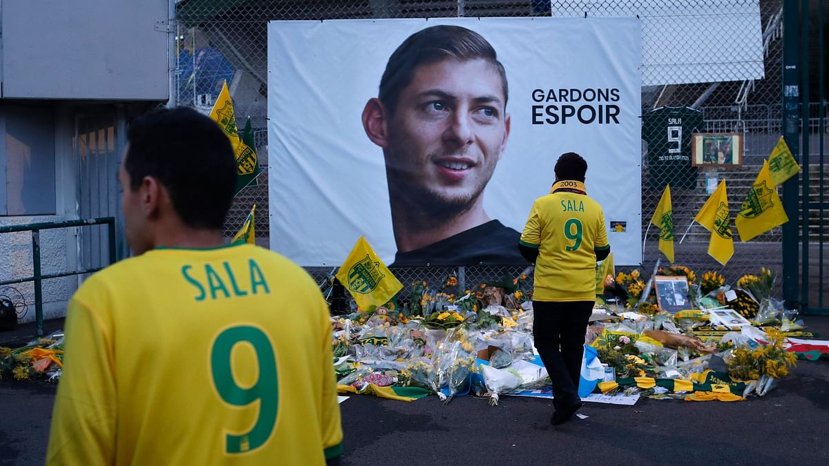 Argentine striker Emiliano Sala died in an airplane crash before playing for the Welsh club.