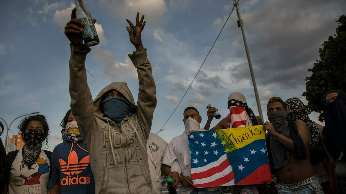Venezuela Crisis Explained: Who is in Charge, Maduro or Guaido?