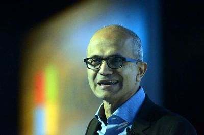 Microsoft workers ask Nadella to scrap US Army HoloLens contract