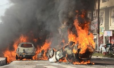 Jammu: Vehicles set ablaze by an irate mob protesting against militant attack on a CRPF bus in Jammu and Kashmir