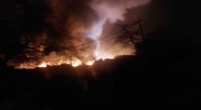 New Delhi: A massive fire breaks out in the Shaheed Bhagat Singh Camp at Paschim Puri of west Delhi gutting at least 250 shanties on Feb 13, 2019. The Delhi government has announced Rs 25,000 for each of the affected families along with food and tents to stay in until they re-establish themselves. (Photo: IANS)