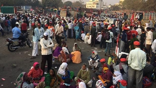 Farmers' March to Mumbai Suspended After Talks With Maha Govt