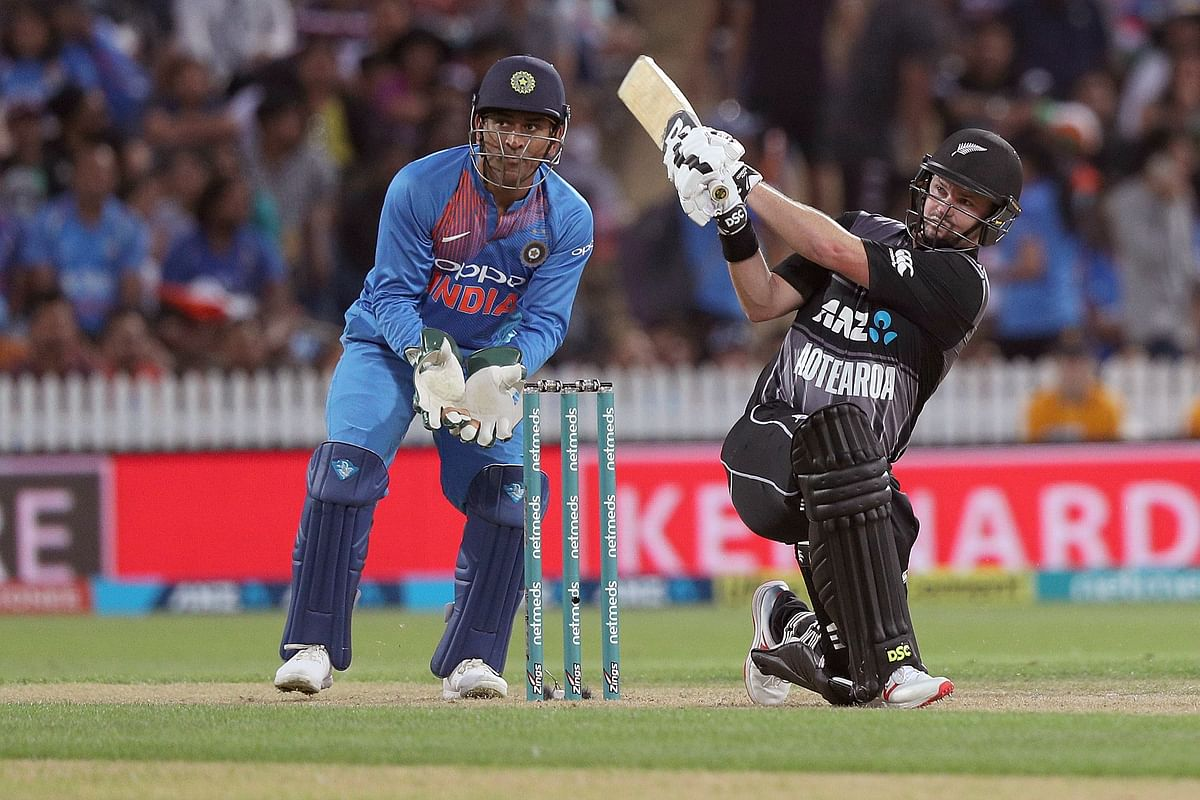 Opener Colin Munro produced a 40-ball 72 and shared a 80-run stand with fellow opener Tim Seifert (43) to lay foundation for a big score.