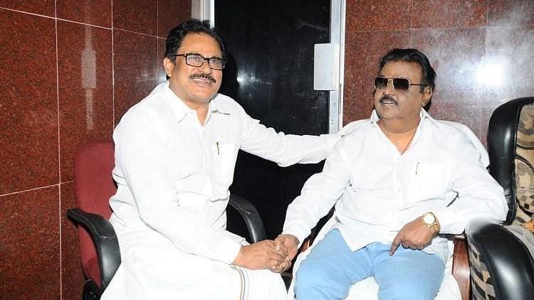 Congress Woos DMDK: Thirunavukkarasar Meets Vijayakant in Chennai