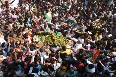 Masurhai: Last rites of martyr Sanjay Kumar Sinha, one of the 49 CRPF personnel killed in 14 Feb militant attacks, underway in Masurhai, Patna district, Bihar on Feb 16, 2019. (Photo: IANS)