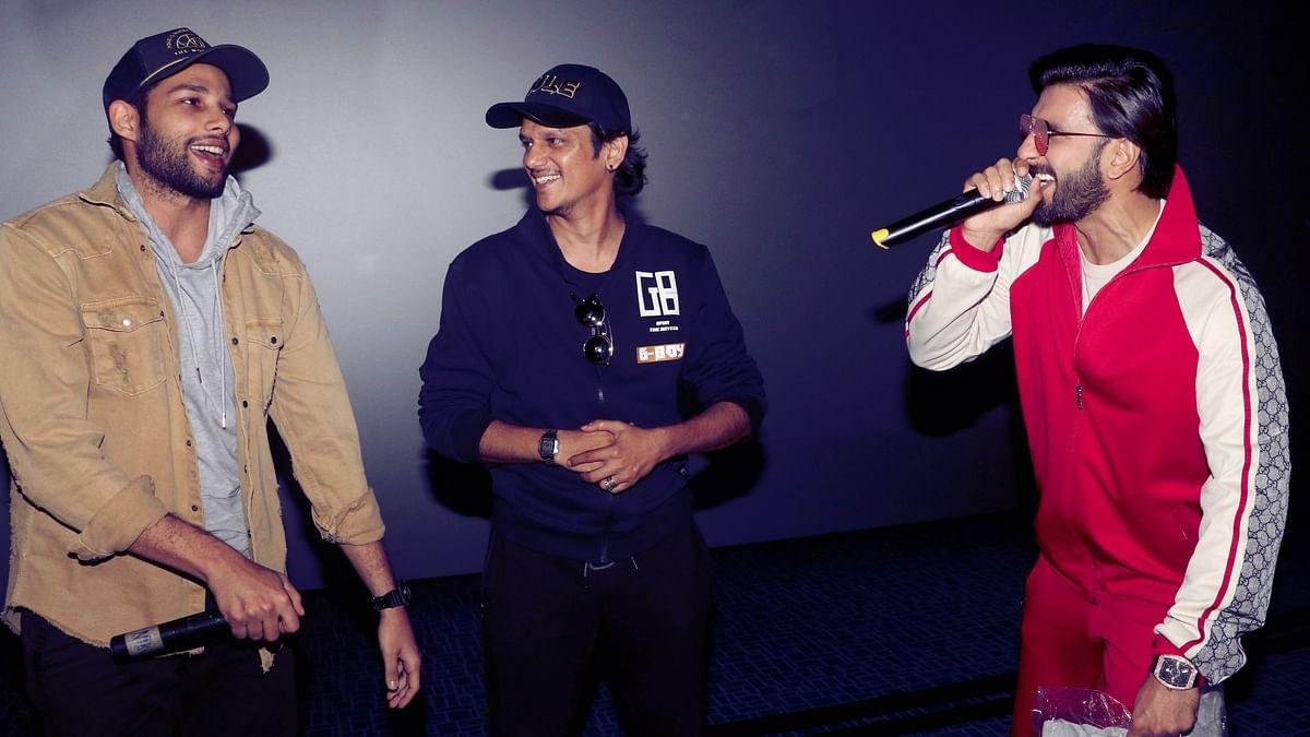 Pics: Ranveer & Team 'Gully Boy' Surprise Fans at Mumbai Multiplex