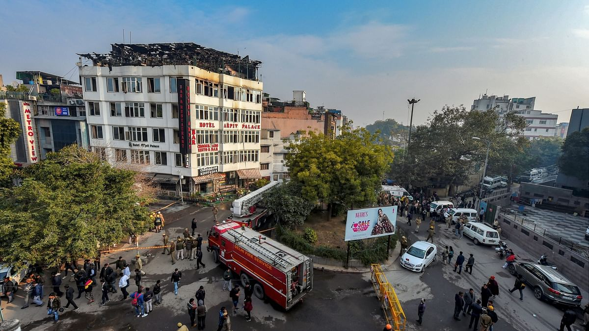 Karol Bagh Hotel Staff 'Did Not Know' How to Use Fire Safety Tools