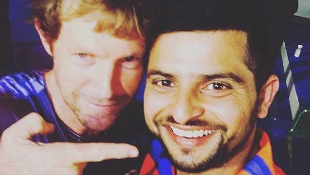 File photo of Jonty Rhodes and Suresh Raina from IPL 2016.