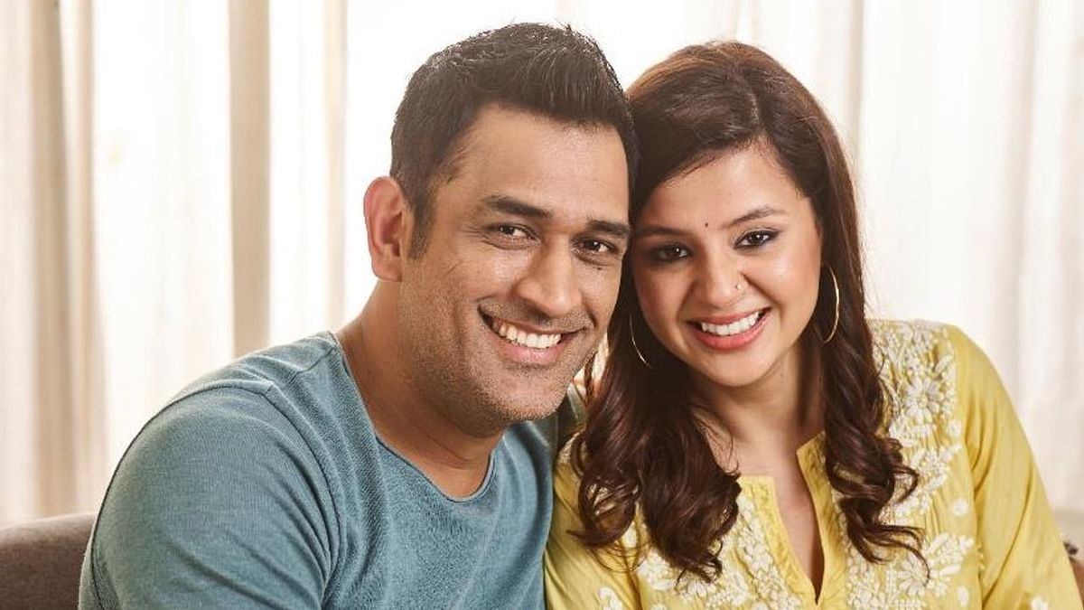 Sakshi Dhoni shares insights into MS Dhoni's life away from the flashlights of live cricket.