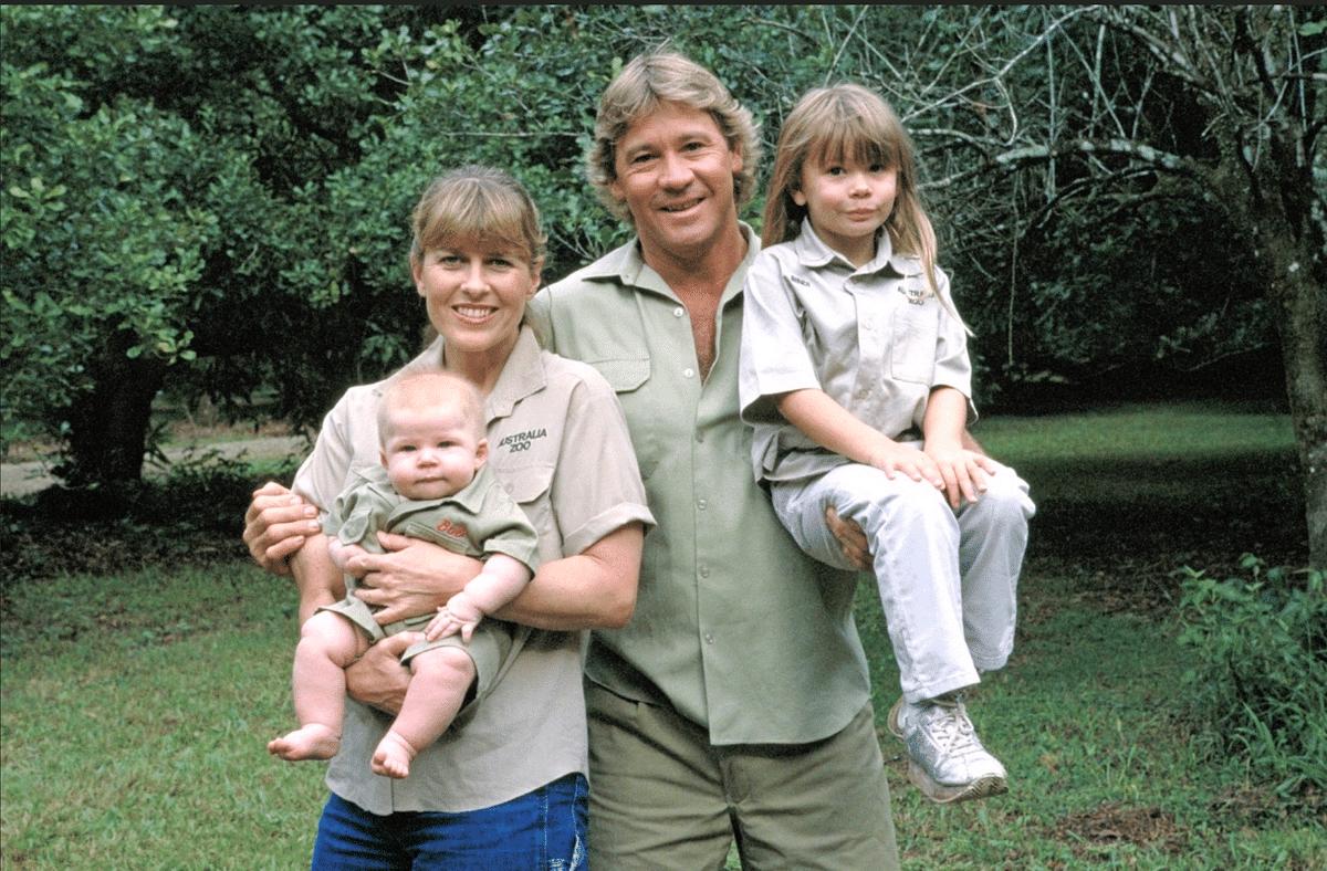 Steve with his wife Terri, his daughter Bindi, and his son Robert.