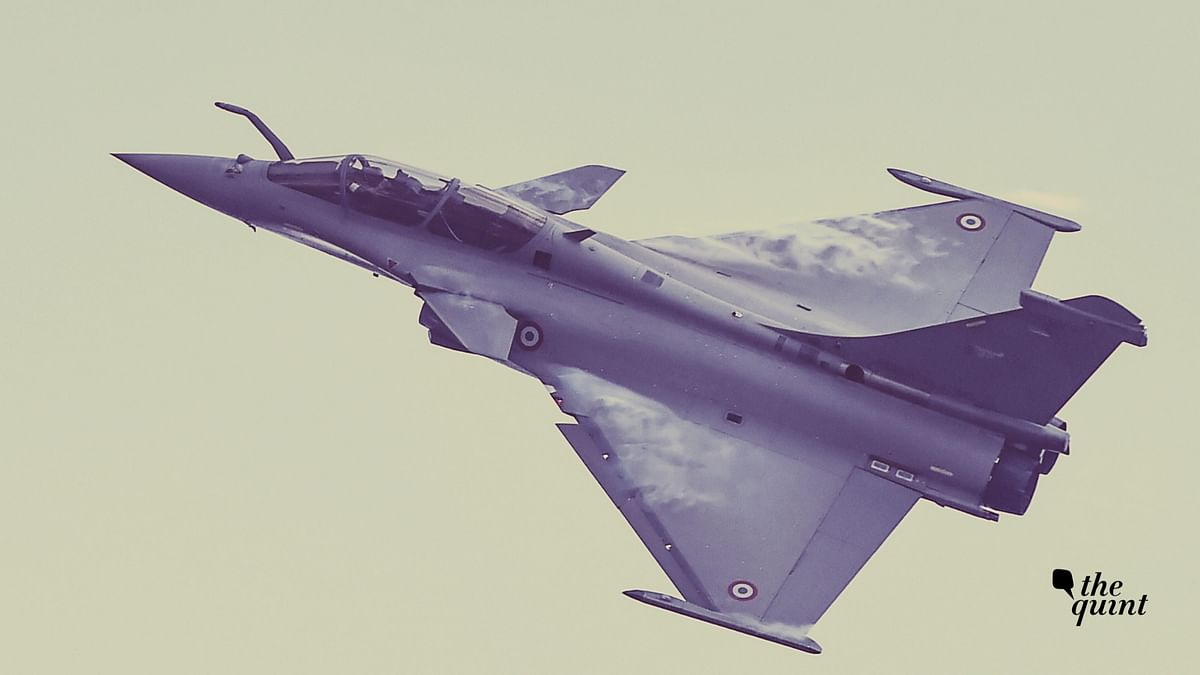 A Rafale fighter aircraft.