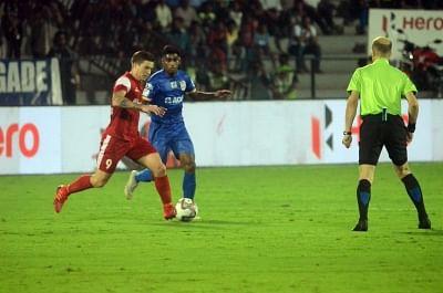 Mumbai: Players in action during an ISL 2018-19 match between Mumbai City FC and NorthEast United FC at Mumbai Football Arena on Feb 13, 2019. (Photo: IANS)