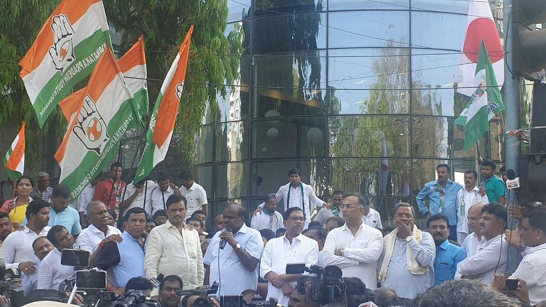 I-T Raids Modi's Real Surgical Strike: Karnataka CM Kumaraswamy