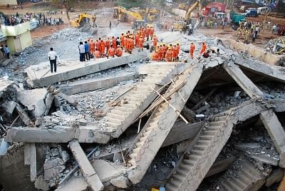 Dharwad: Rescue operations underway after an under construction multi-storey building collapsed leaving 10 people dead in Karnataka