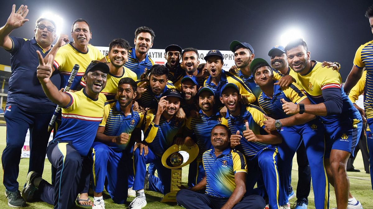 Bowlers, Agarwal Guide Karnataka to Syed Mushtaq Ali Title Win