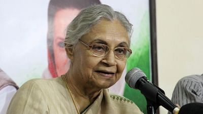 Delhi Congress president Sheila Dikshit met senior party leader Sonia Gandhi and rejected the issue of alliance with the ruling AAP for the Lok Sabha polls.