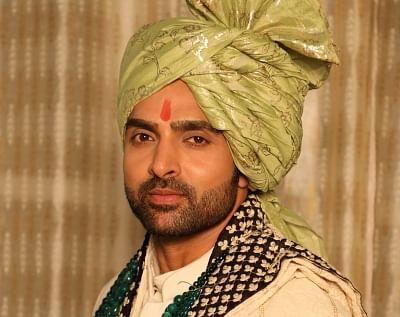 Adhvik Mahajan as Rakshit in Divya Drishti StarPlus.