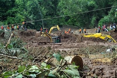 YOGYAKARTA, March 18, 2019 (Xinhua) -- Rescue team members use excavators during search and rescue operation after landslide caused by heavy rain in Bantul of Yogyakarta province, Indonesia, March 18, 2019. At least two people were killed as floods, landslides and whirlwind displaced more than 8,000 people in Java Island of western Indonesia, disaster agency official said here on Monday. (Xinhua/Supriyanto/IANS)
