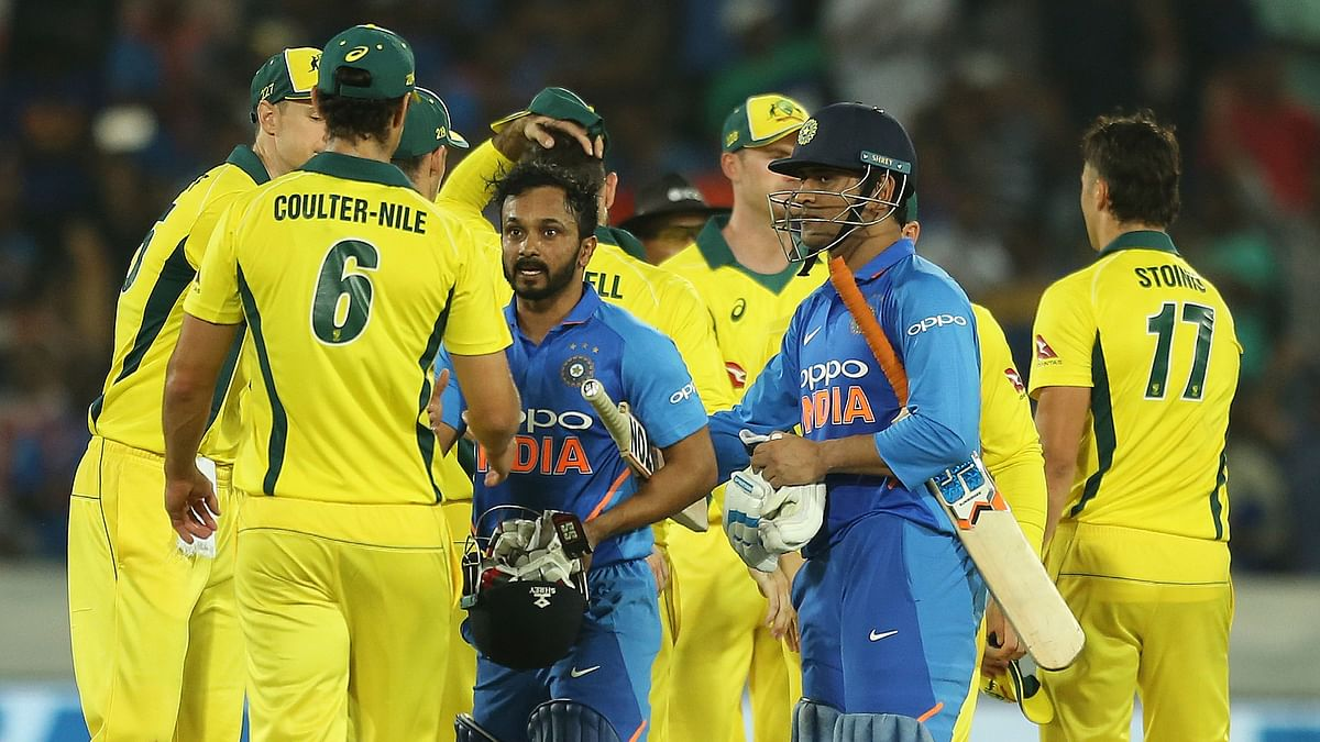 Jadhav, Dhoni Shine as India Beat Aus by 6 Wickets in 1st ODI