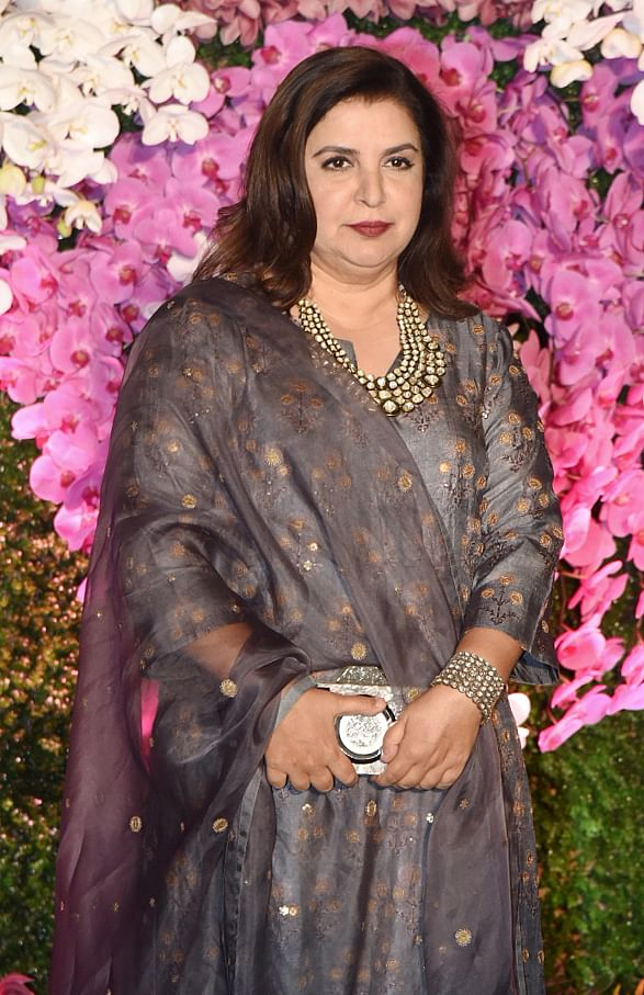 Filmmaker Farah Khan Kunder in an outfit designed by Nidhi Tholia.