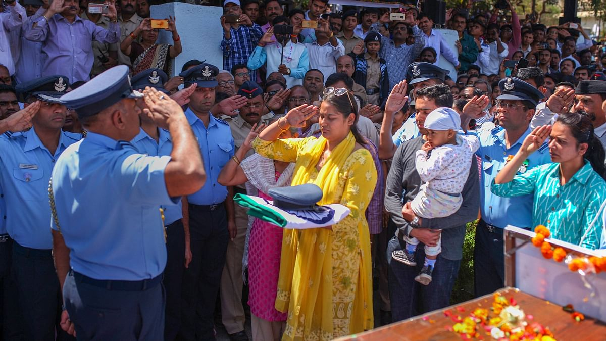 Vijeta Mandavgane said that instead of having a war of words on social media, people should join the armed forces if they truly want to serve the nation.
