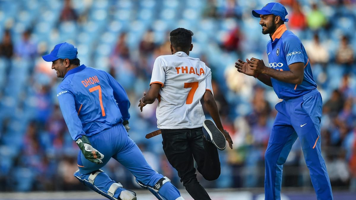 Watch: Dhoni Takes Pitch-Invading Fan For A Run
