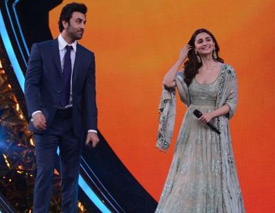 Mumbai:Actors Ranbir Kapoor and Alia Bhatt at Umang Awards 2019 in Mumbai on Jan. 27, 2019 (Photo: IANS)