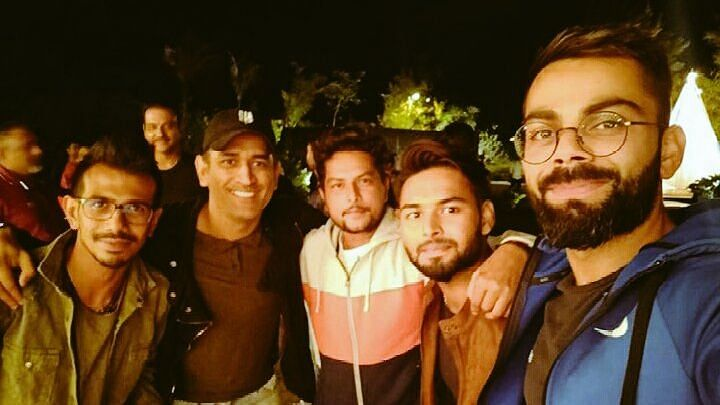 Dhoni Hosts 'Perfect Team Evening' For Virat & Co Ahead of 3rd ODI
