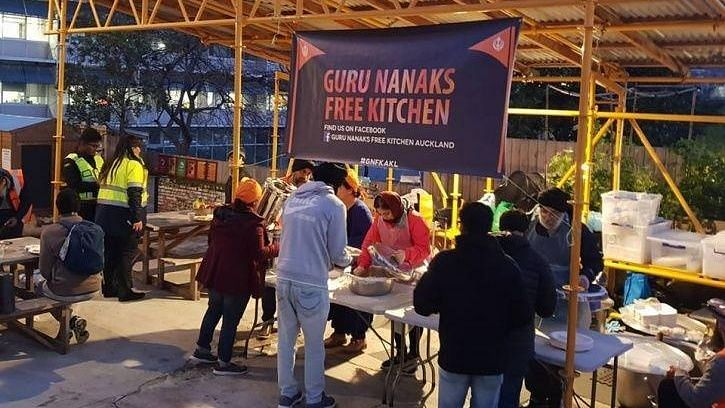 New Zealand's Sikh Community Help the Victims' Families