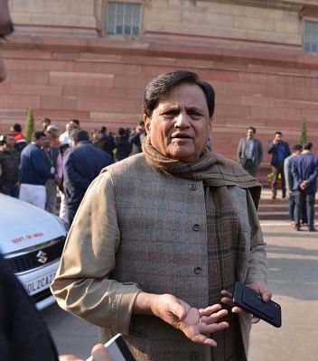 Ahmed Patel questions EC for delay in announcing poll dates