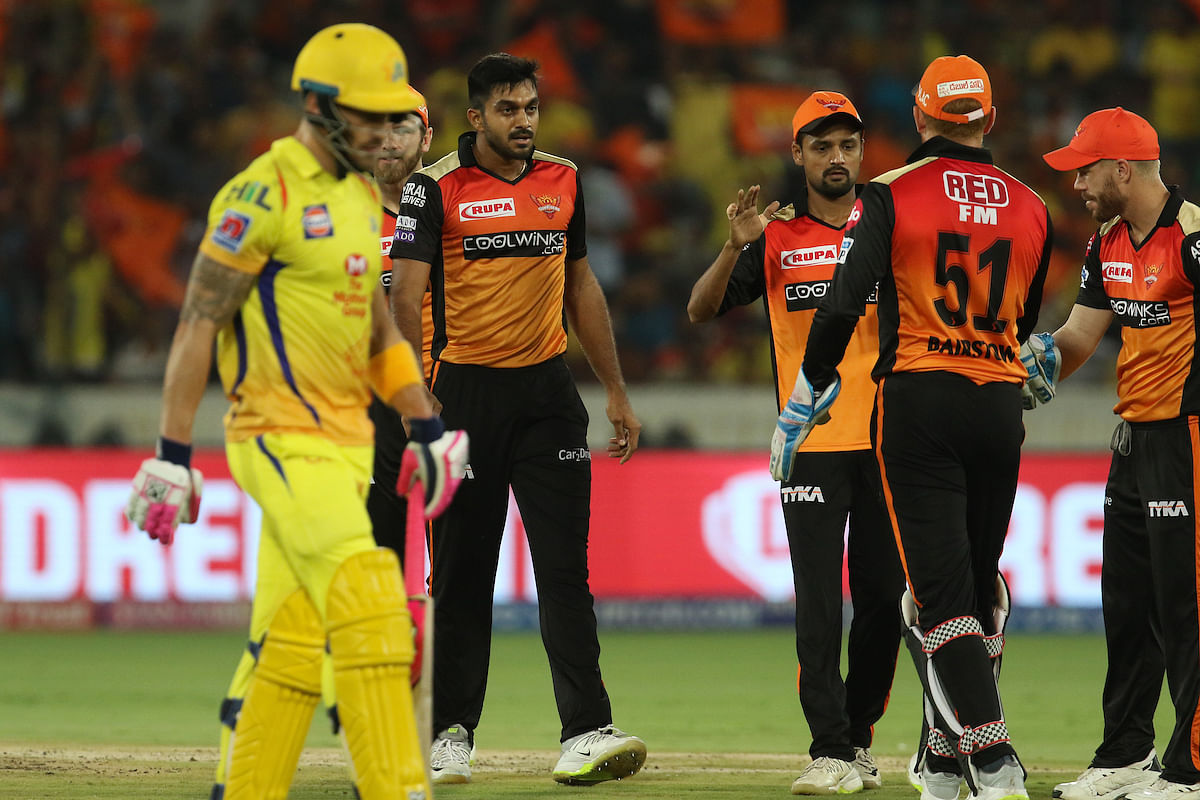 Vijay Shankar and SRH celebrating after the wicet of Faf Du Plessis