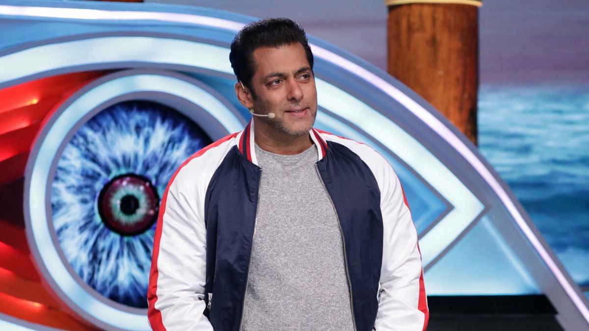 Fan Files Complaint Against Salman for Snatching His Phone