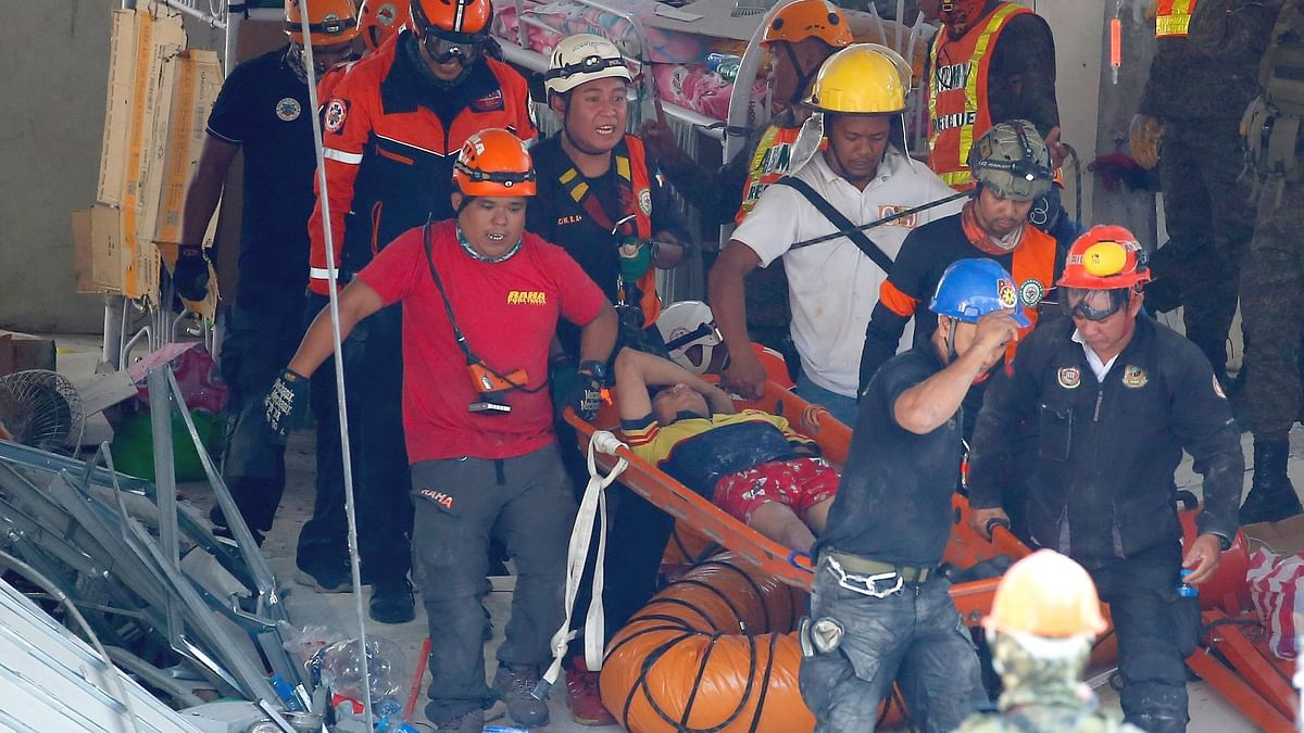11 Dead in Philippines Earthquake, up to 30 People Missing